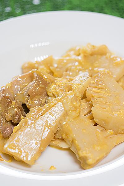 タケノコと鶏肉