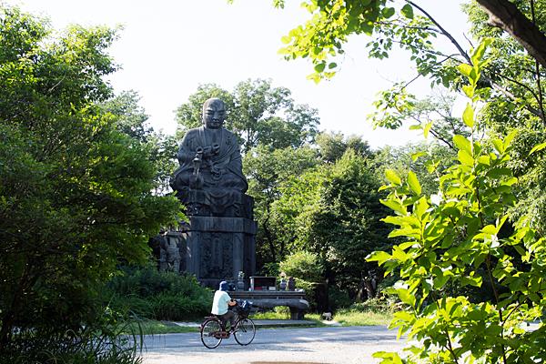 弘法像のスケール感
