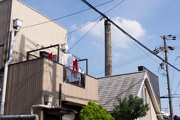 煙突と洗濯物