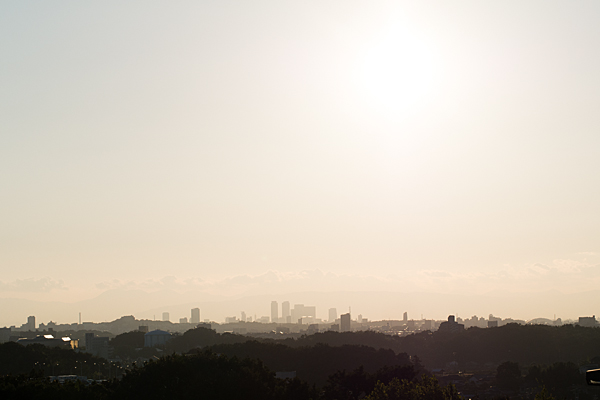 夕焼けの名古屋駅方面