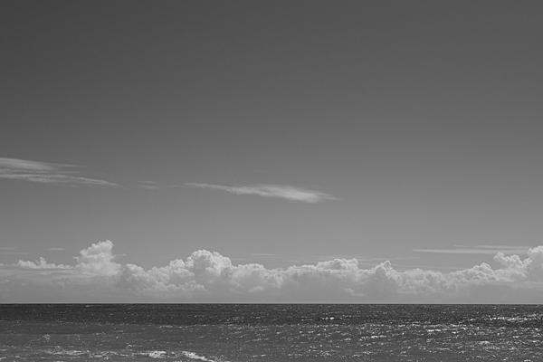 遠州灘と空と雲