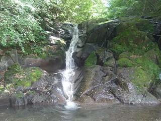 ゴロスの滝