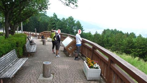 千曲川展望公園、坂がきつかった・・・。
