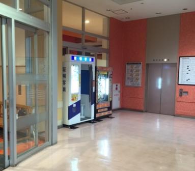 デオシティ新座1Fエレベーター前