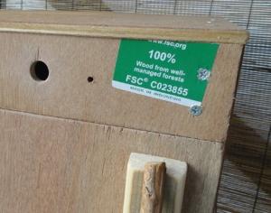201604 燻製箱に孔をあける