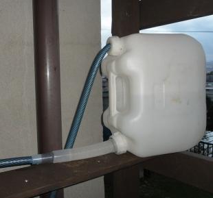 201609 ガーデンシンク給水システム改良 ポリタン加工後