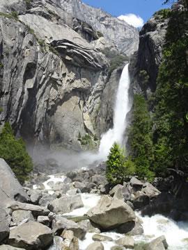 ローワーヨセミテ滝