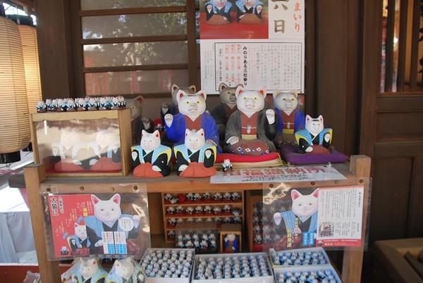 初辰詣りの招き猫