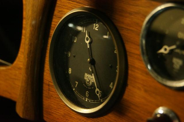 オースチン10の時計 スミスです。