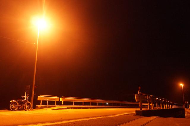 フキプランニングFK310 LAⅢ と真夜中の街道