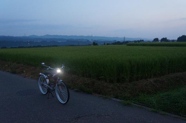 フキプランニングFK310 LAⅢ と夜明け前の河岸段丘