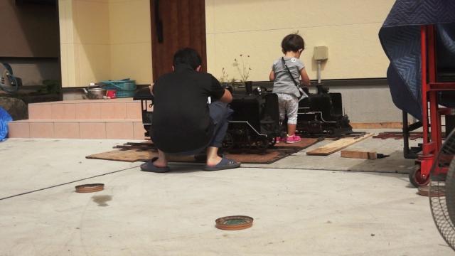 親子汽車磨き