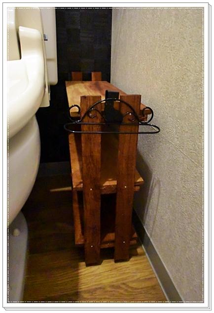 100均グッズで作ったトイレ用棚