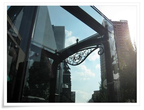 東京芸劇近くの地下鉄入り口