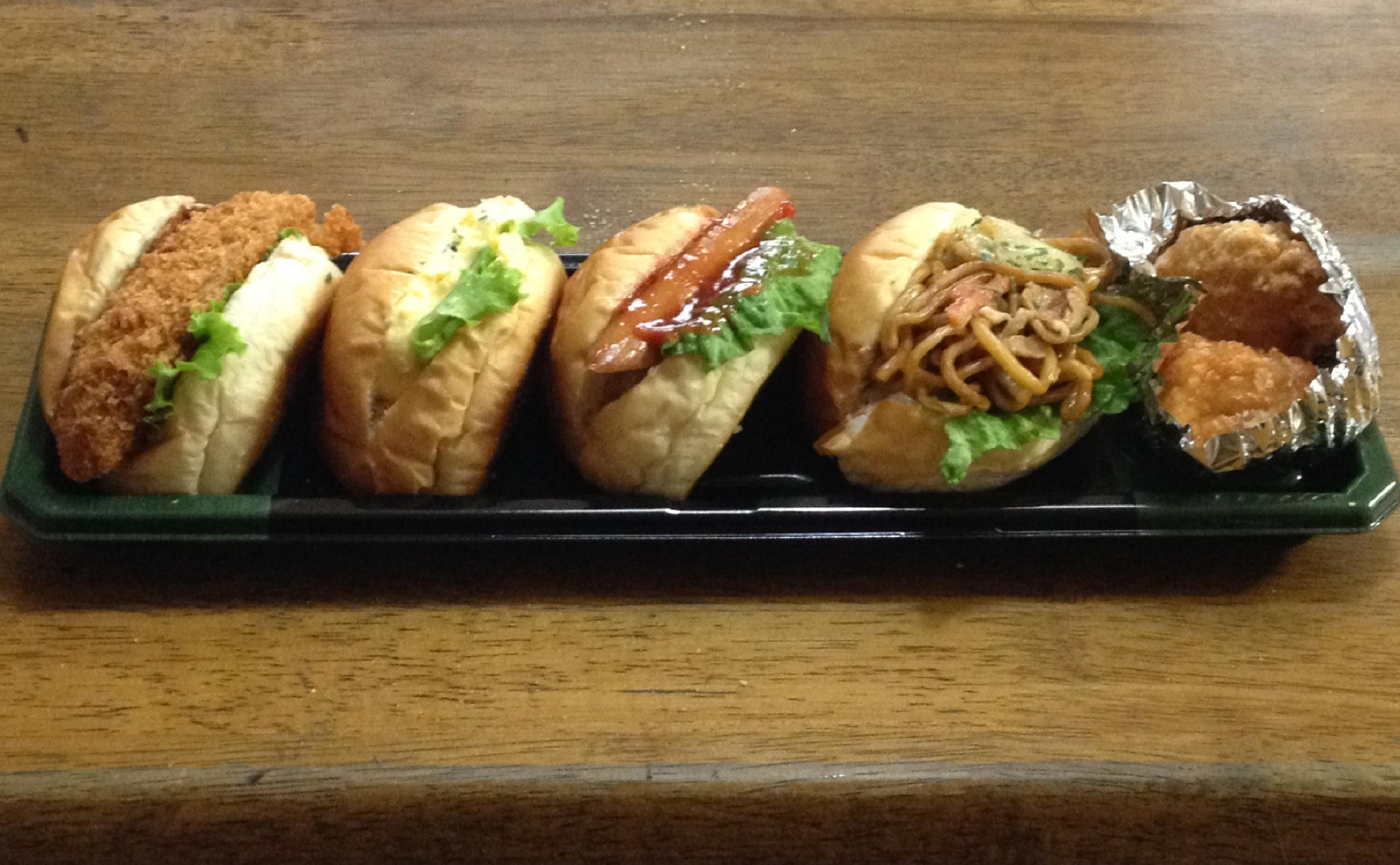 落合南長崎ライフのパン屋さんのホットドッグ