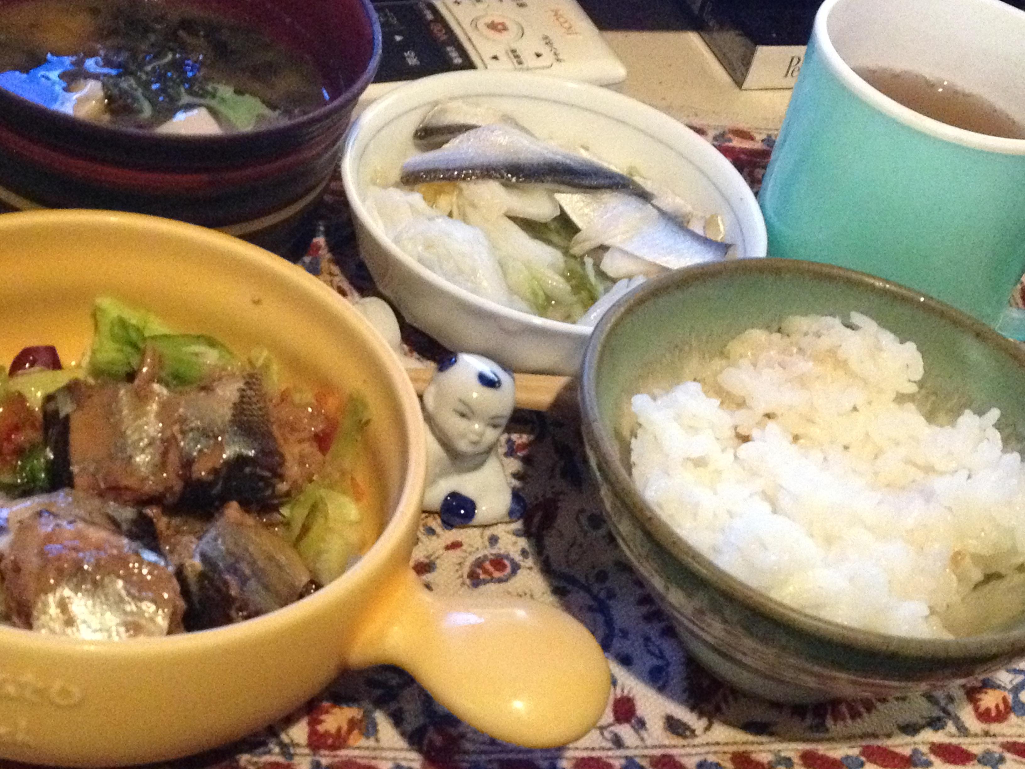 秋刀魚缶朝食