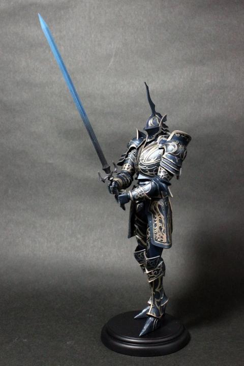 つらぬきの騎士 全身
