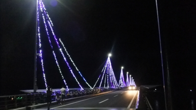 九島大橋イルミネーション、橋上から