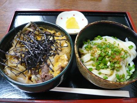 しん:牛丼、(冷)うどんセット