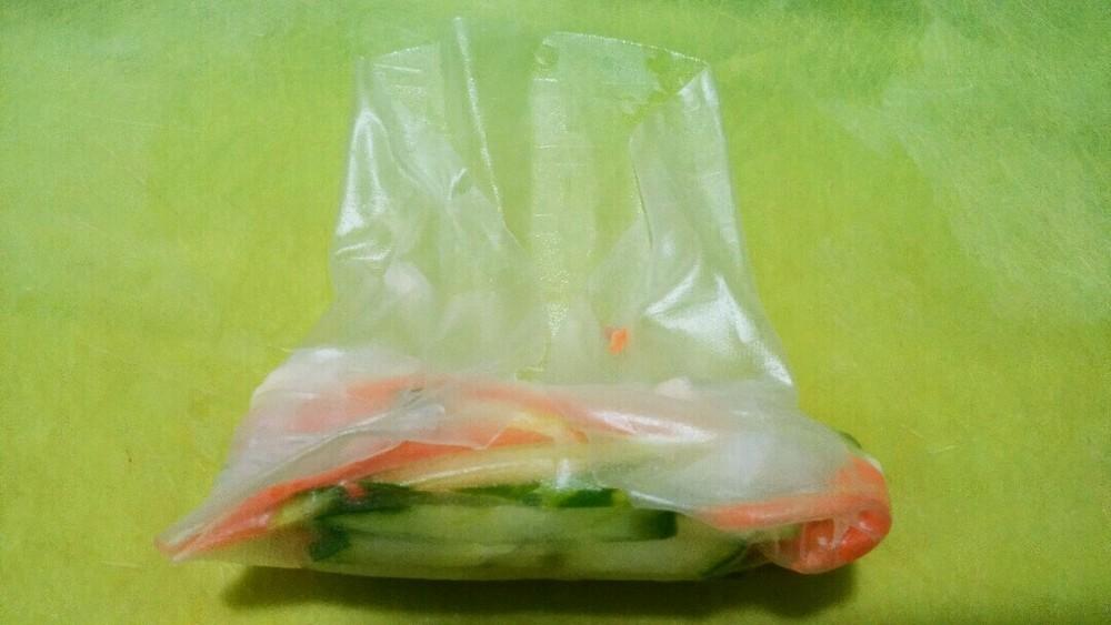 鶏胸肉の生春巻きの作り方4