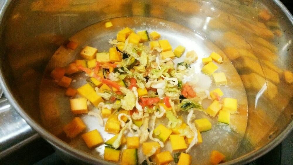 フードの豆乳カボチャスープかけの作り方2