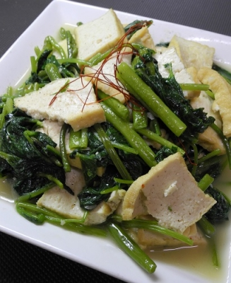 20160827空芯菜と厚揚げ炒め(ベトナム)
