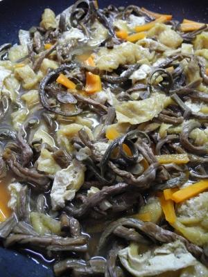 ワラビの煮物