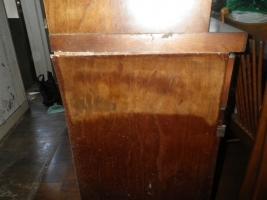 食器棚の被害