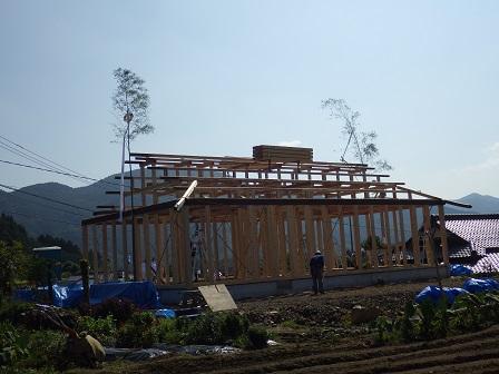 山中邸家建て