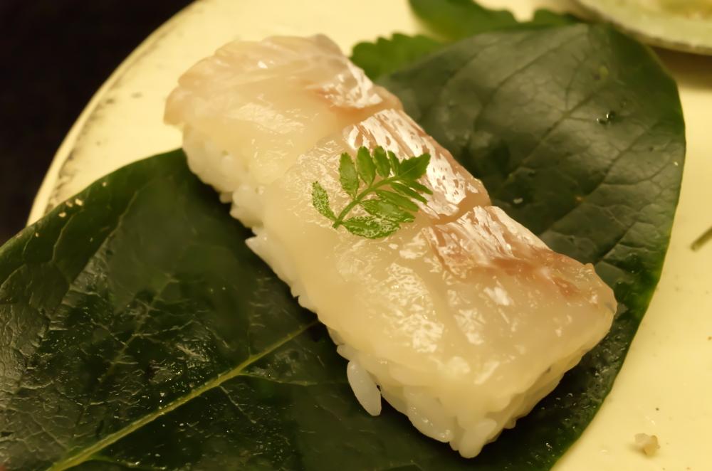 柿の葉熟寿司