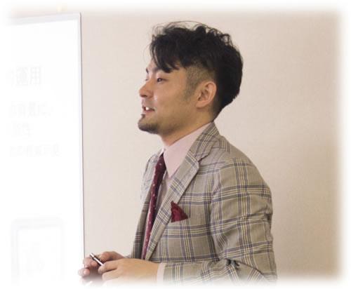 2016-05-15 講演中の松本さん-w400