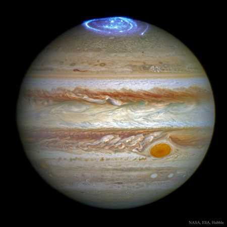 JupiterAurora_Hubble_1000.jpg