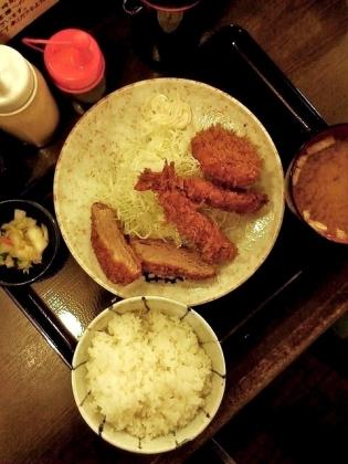かつ仙、上野、エビフライとひれかつとカニクリームコロッケ定食2