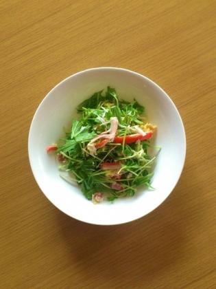 シーザーサラダ(みじん切りベーコン&カニカマ)