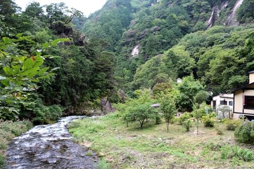 仙娥滝手前の渓流  918