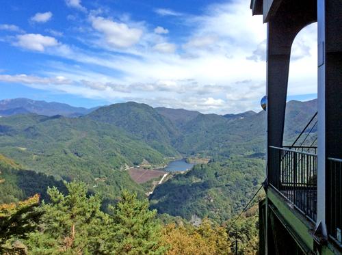 201210116昇仙峡ロープウェイ 山頂パノラマ台駅からの眺め (2)