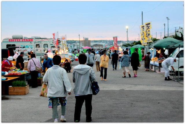青森県 八戸市 新湊 館鼻岸壁 朝市 グルメ 写真 名物 観光 お勧め