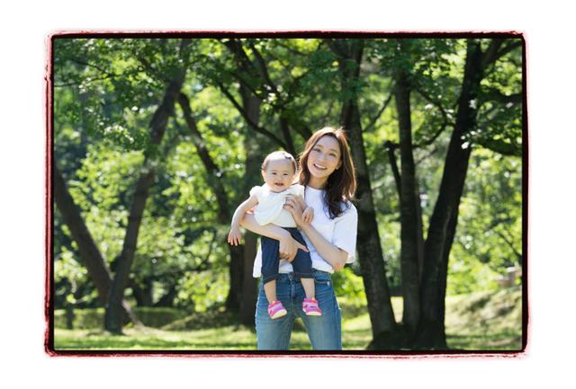 青森県 弘前市 弘前公演 写真撮影 誕生日記念 赤ちゃん写真 家族写真 ロケーション カメラマン 出張
