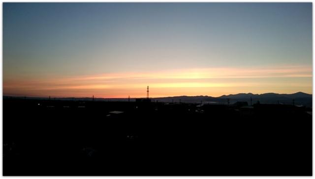 青森県 弘前市 朝日 朝焼け 弘前の風景 写真