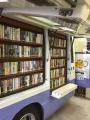 160911 三鷹図書館 移動図書館 左側面書棚