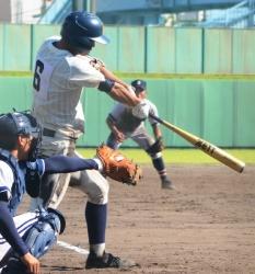 160826-5鹿実・古薗逆転三塁打_035