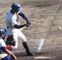 161007-16れいめい勝ち越し打・尾堂_035