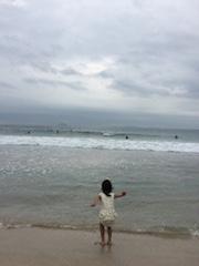 朝のビーチ散歩1