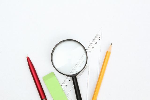 鉛筆と ボールペン