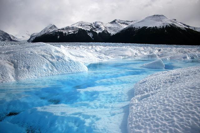 アルゼンチン 氷河