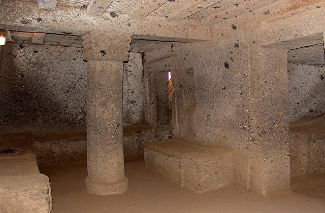 ネクロポリス 墓 イタリア エトルリア