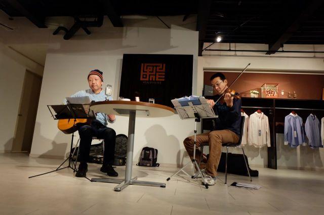 Iguzione Cafeでの練習風景2