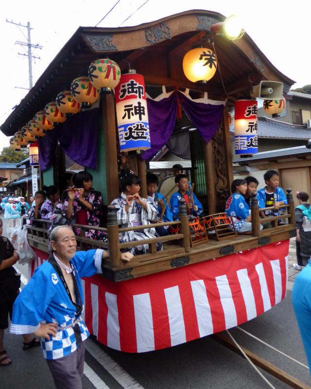 栄町山車2