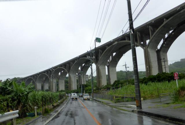 南風原高架橋1