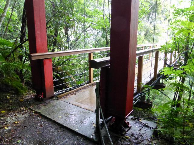 比地大滝つり橋6
